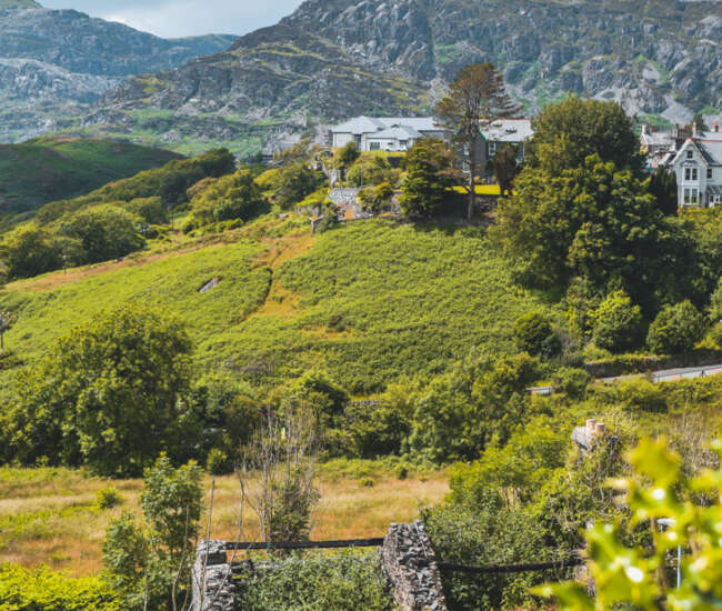Wandering Everywhere: Travel Guide to West Wales